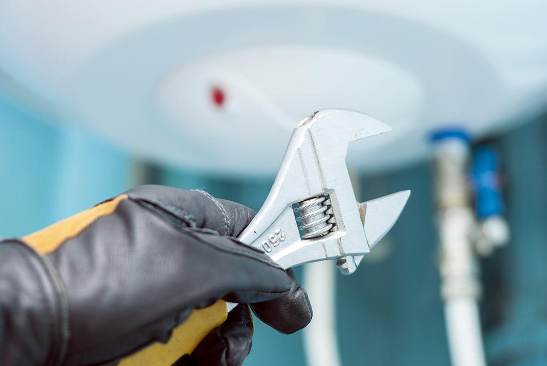 La réparation d'un chauffe-eau à Charlesbourg, QC